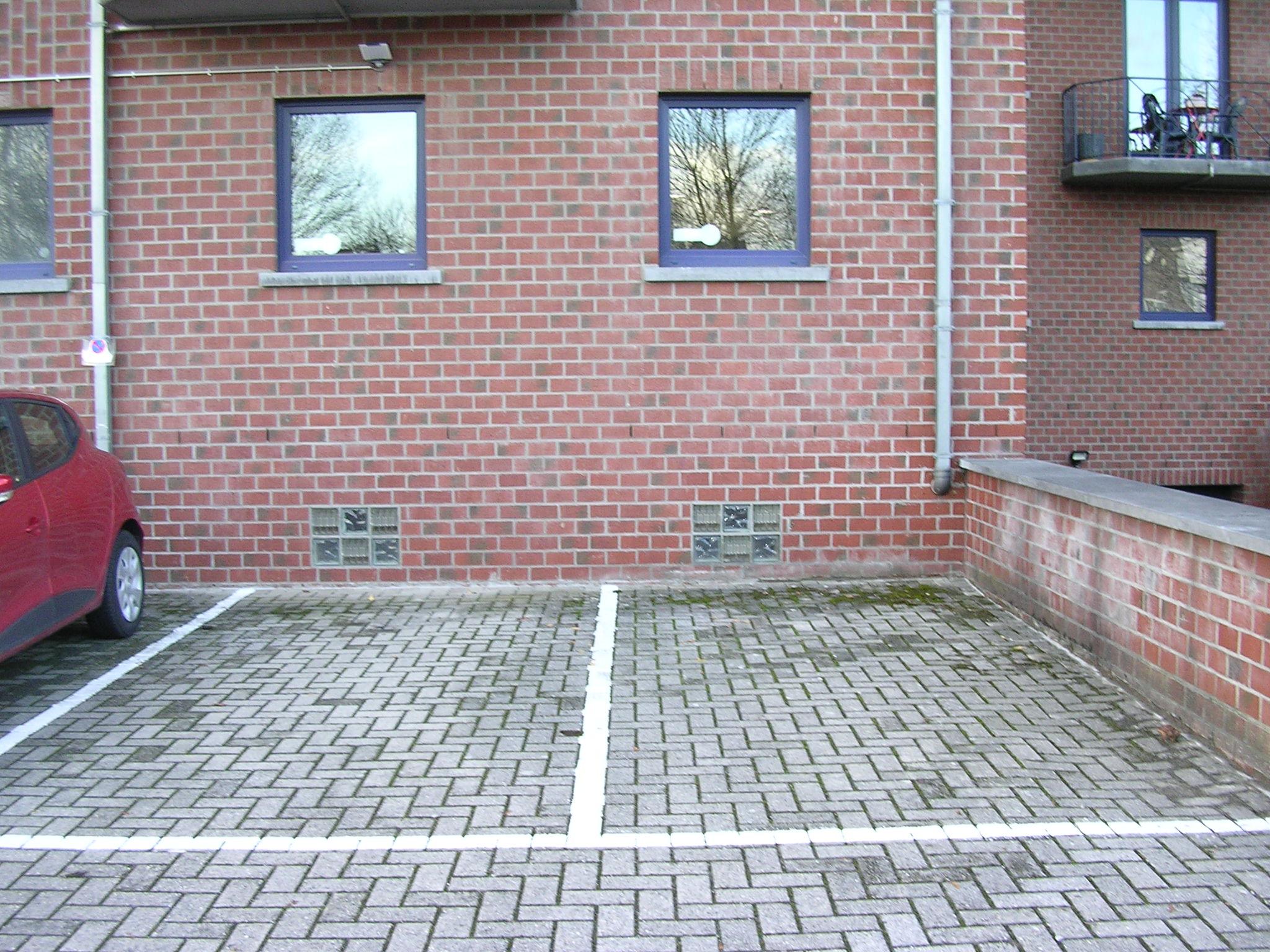 Parking à louer – Jambes