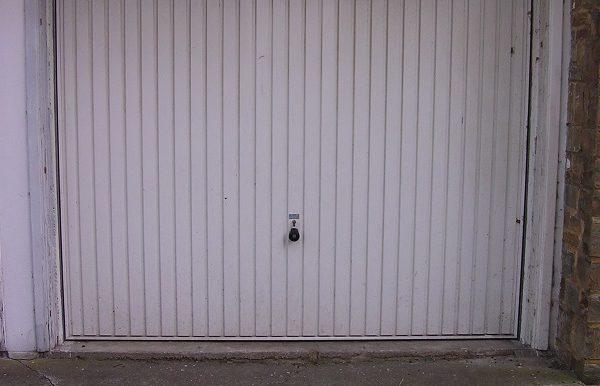 Garage à louer à Jambes