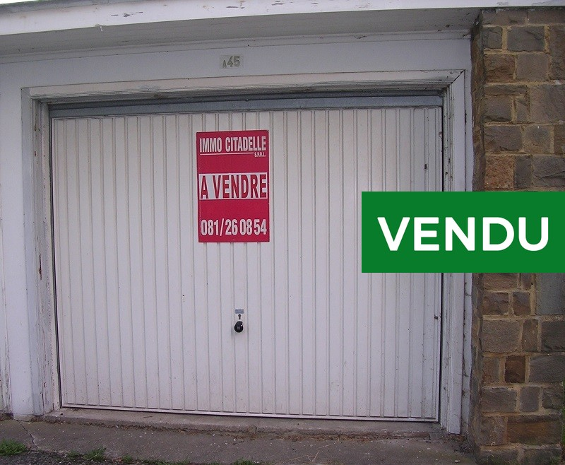 Garage à vendre – Jambes