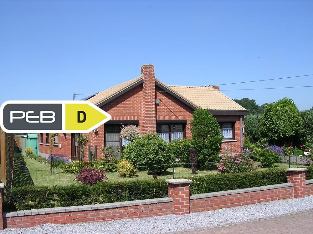 Villa à vendre – Jemeppe-sur-Sambre (Mornimont)